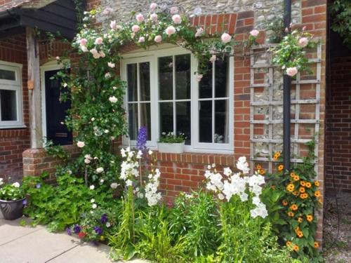 Cottage (3 bedrooms) in West Dean/Goodwood/Nr Chichester