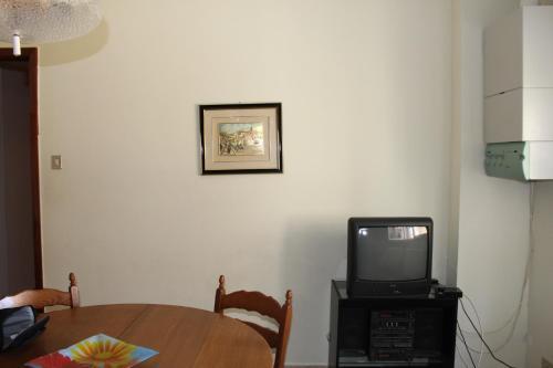 TV o dispositivi per l'intrattenimento presso Appartamento stanze Ragusa