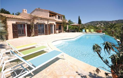 The swimming pool at or near Holiday Home Les Issambres with Sea View II