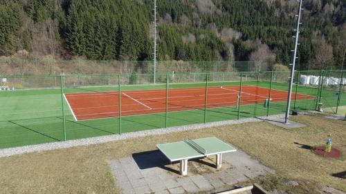 Tennis und/oder Squash in der Unterkunft Gasthof Pension Leitner oder in der Nähe