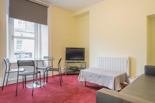 Smith 1 Bed Apartment