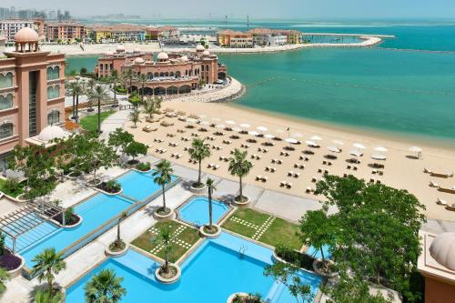 A bird's-eye view of Marsa Malaz Kempinski, The Pearl