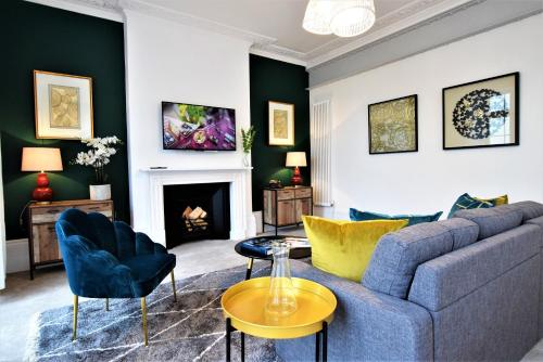 Frederick Place - Your Apartment