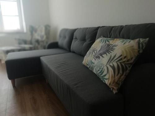 A seating area at Apartament w centrum