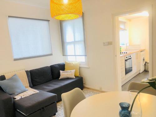 Opulent Living Cambridge Centre