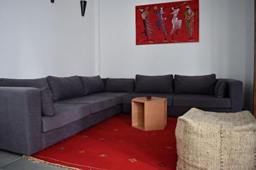 A seating area at Riad Dar DARRE