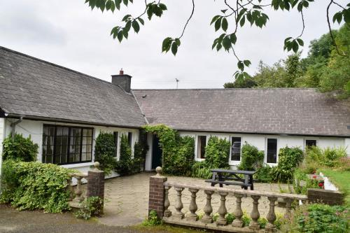 Coast and Country House & Cottages