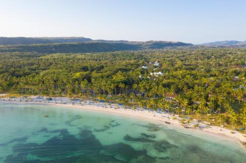 Een luchtfoto van Grand Paradise Samana All Inclusive