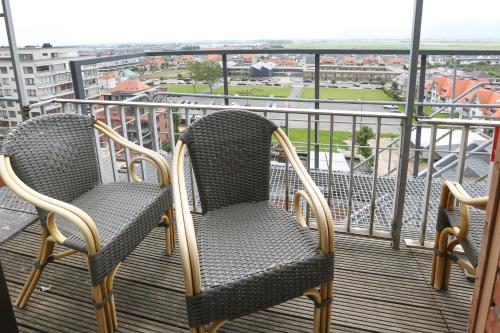 A balcony or terrace at Hotel De Zeebries Budget