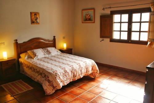 Cama o camas de una habitación en Casa Rural los Ajaches