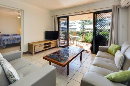 A seating area at Northpoint Unit No 1 at South West Rocks