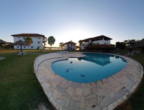 A piscina localizada em Pantanal Park Hotel ou nos arredores