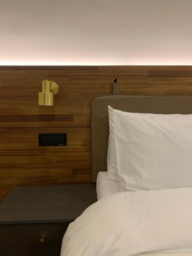 A bed or beds in a room at Fresh Hill
