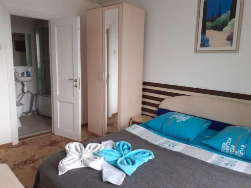 Кровать или кровати в номере Heart of Moscow на Смоленке