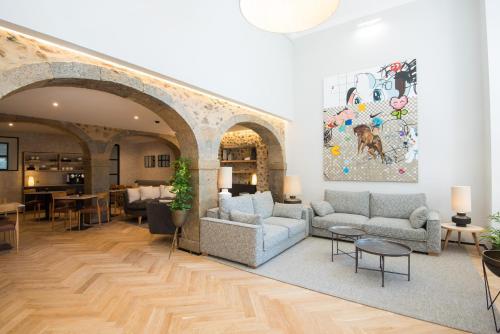 A seating area at Urbano FLH Hotels Lisboa