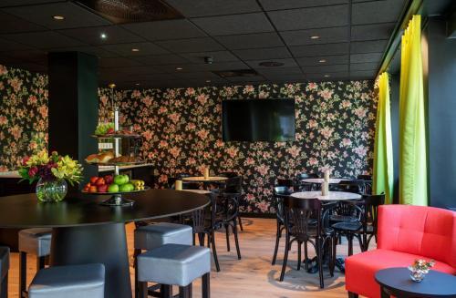 Un restaurante o sitio para comer en Thon Hotel Gyldenløve