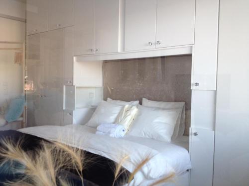 En eller flere senger på et rom på Mad Architect's Shared Apt - Sørenga - Homestay
