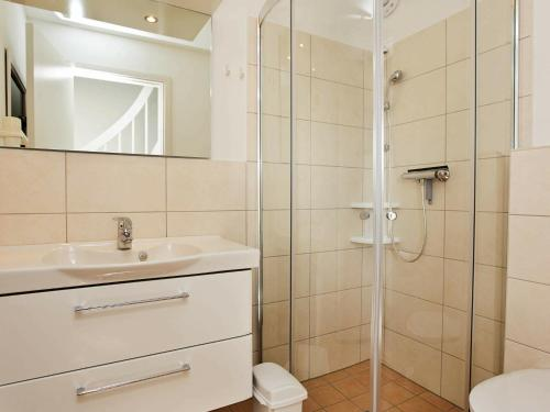 A bathroom at Two-Bedroom Holiday home in Wendtorf 14