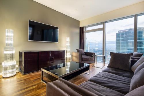 Гостиная зона в Rockmond 61 Lux