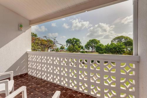 A balcony or terrace at Jolly Beach Resort & Spa