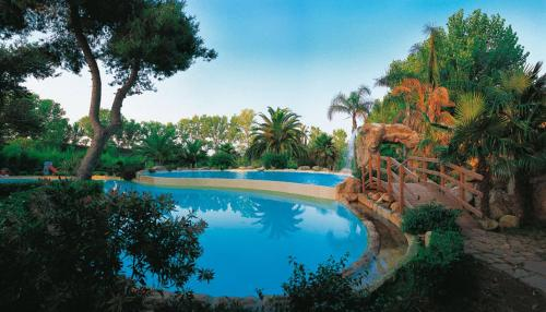 The swimming pool at or close to Hotel Meridiana