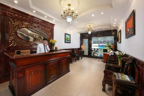 The lobby or reception area at Little Diamond Hotel