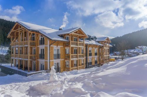 Aparthotel Kovarna Residence im Winter