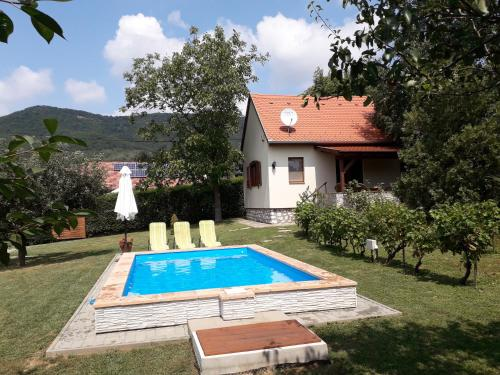 The swimming pool at or near Cseresznyevirág Vendégházak