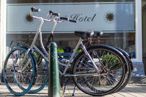 Biking at or in the surroundings of Mini-Hotel Floris IV