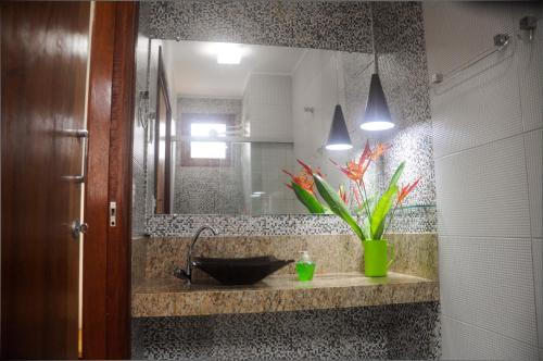A bathroom at Cardeiro Flat-S.M.Gostoso