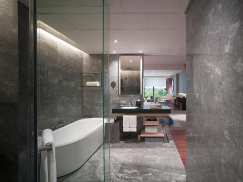 A bathroom at New World Beijing Hotel