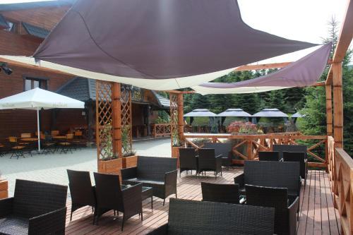 Restauracja lub miejsce do jedzenia w obiekcie Natura Park