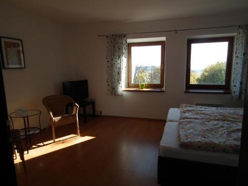Posezení v ubytování Penzion Výhledy na Brdy