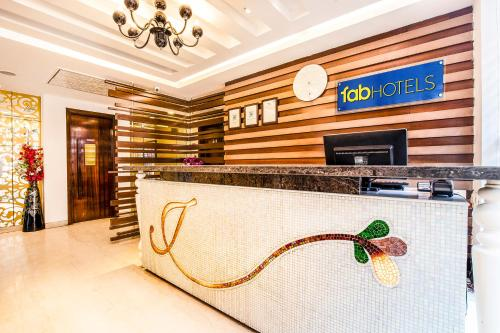 The lobby or reception area at FabHotel Jasmine Boutique Jasola