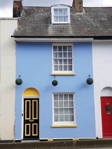 Charming grade 2 listed house