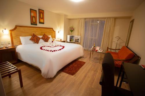 Cama o camas de una habitación en Sol Plaza Hotel