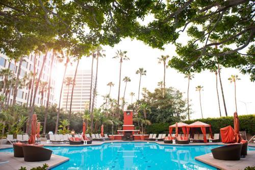 The swimming pool at or near Fashion Island Hotel Newport Beach