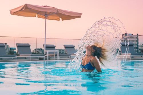 Bazén v ubytování Hotel Vittoria nebo v jeho okolí