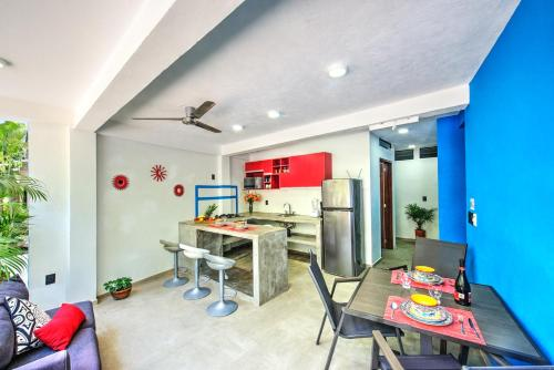 A kitchen or kitchenette at CASA KANELO
