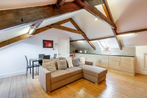 2 bedroom newcastle city centre apartment