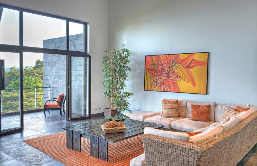 A seating area at Los Altos Resort