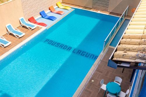 Uma vista da piscina em Pousada Laguna Hotel ou nos arredores