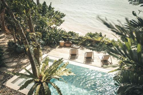 Vue sur la piscine de l'établissement Frangipani El Nido ou sur une piscine à proximité