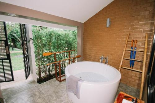 A bathroom at Deevana Krabi Resort - Adults Only