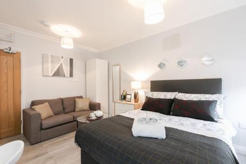 11Helena House LUX Studio Apartment