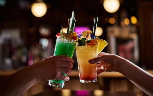 Drinks at Big Mountain Hostel