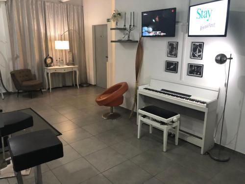 Uma área de estar em Stay Inn Funchal