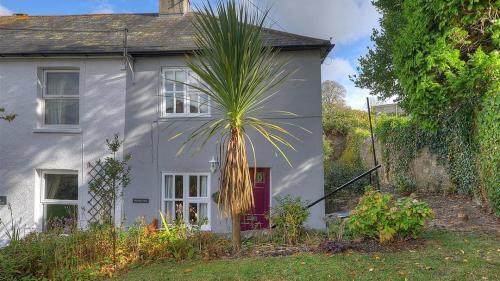 2 Lilac Cottages