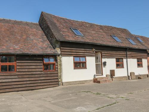 Old Hall Barn 3