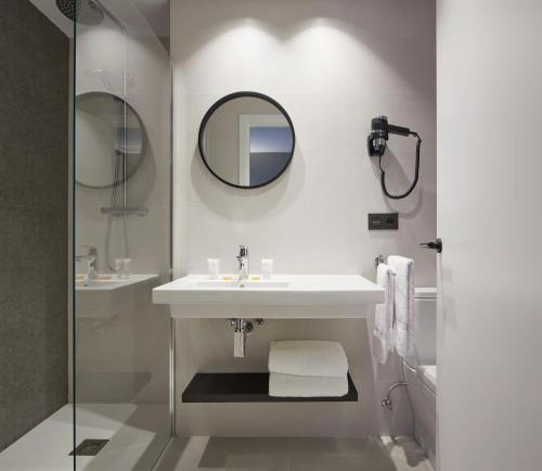 Un baño de Hotel Arrizul Beach